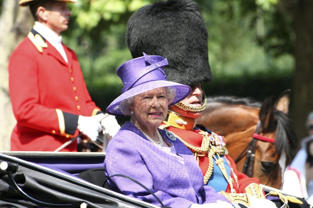 покушения на королевскую семью