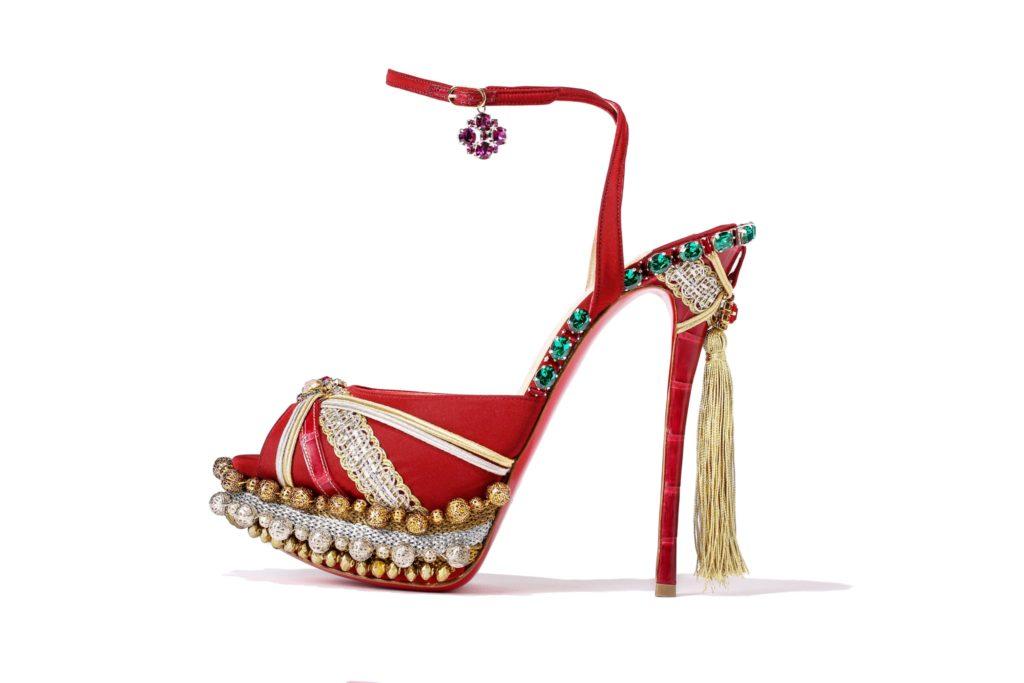 Золушки нашего времени: самые культовые появления звезд в обуви от Christian Louboutin