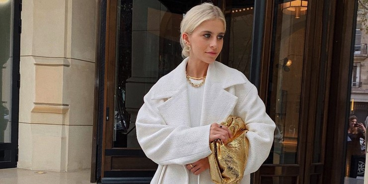 Разрушаем стереотипы: Как правильно носить белый цвет зимой?
