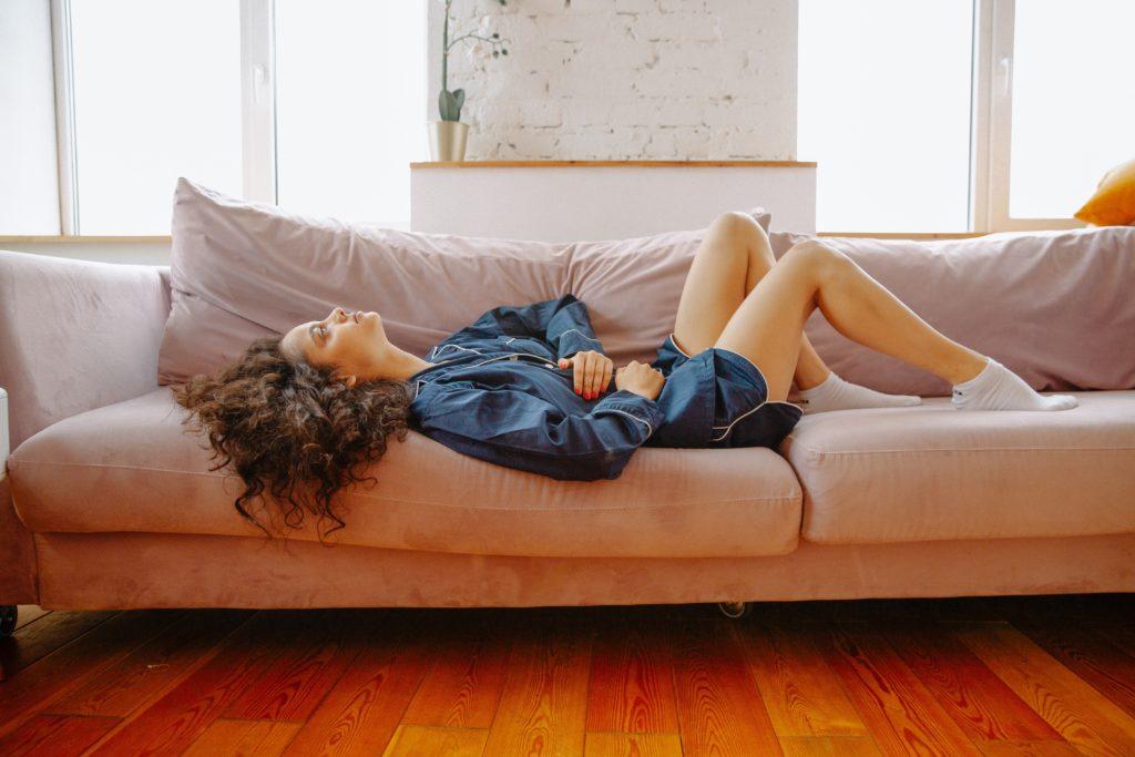 Женское здоровье: Почему менструации наступают раньше срока?
