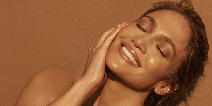 Неужели это ботокс: идеальная кожа Дженнифер Лопес смутила поклонников