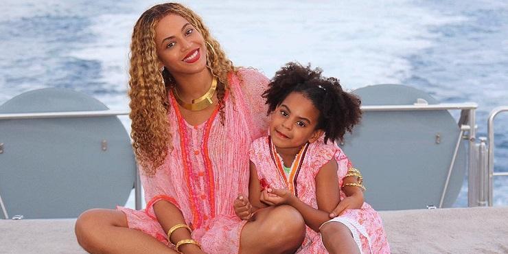 Новые фото Бейонсе и Блю Айви: мама и дочь словно близняшки