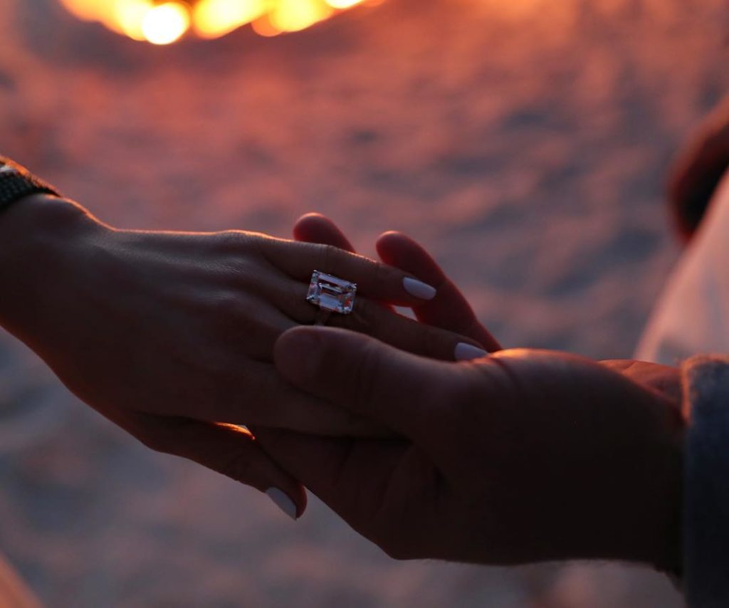 Путь к сердцу возлюбленной: Самые дорогие помолвочные кольца звезд