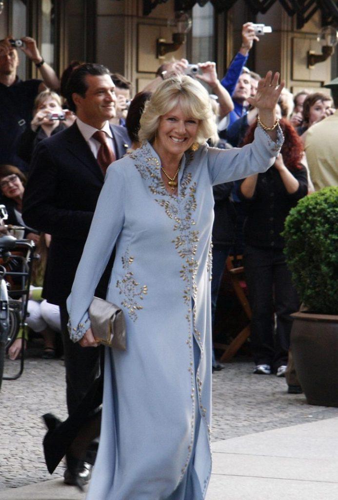 Зачем Камилла, герцогиня Корнуоллская завела Instagram-аккаунт в 73 года?