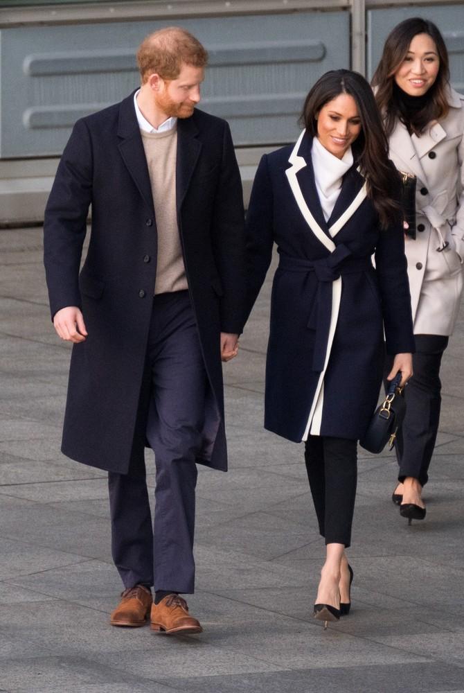 Меган Маркл и принц Гарри покидают соцсети