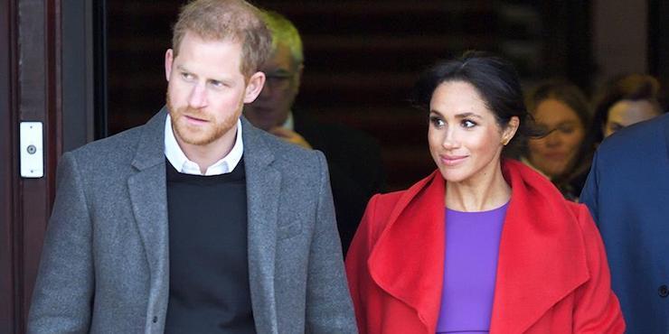 Терпение лопнуло: Елизавета II хочет лишить Гарри и Меган королевских привилегий?