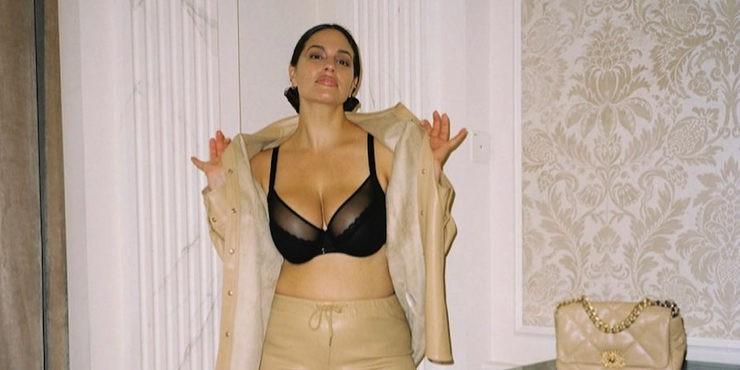 Большая грудь: что надеть обладательницам пышного бюста?