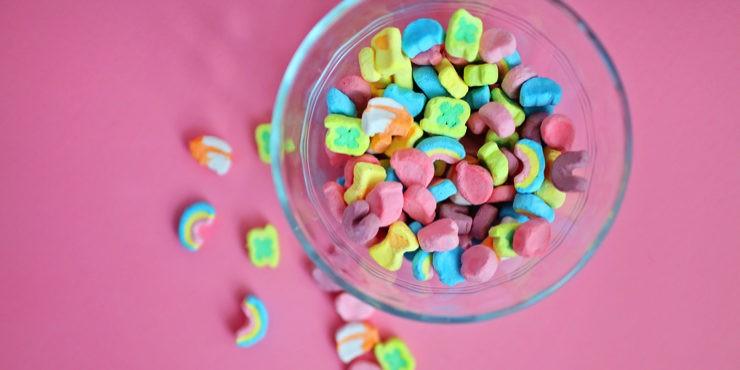 Сладкоежкам посвящается: Какими полезными сладостями заменить конфеты?