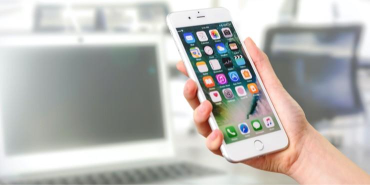 Какие приложения стоит удалить со своего смартфона?