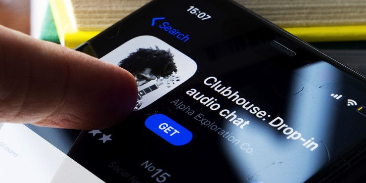 Что за платформа Clubhouse и почему все на ней так помешались?