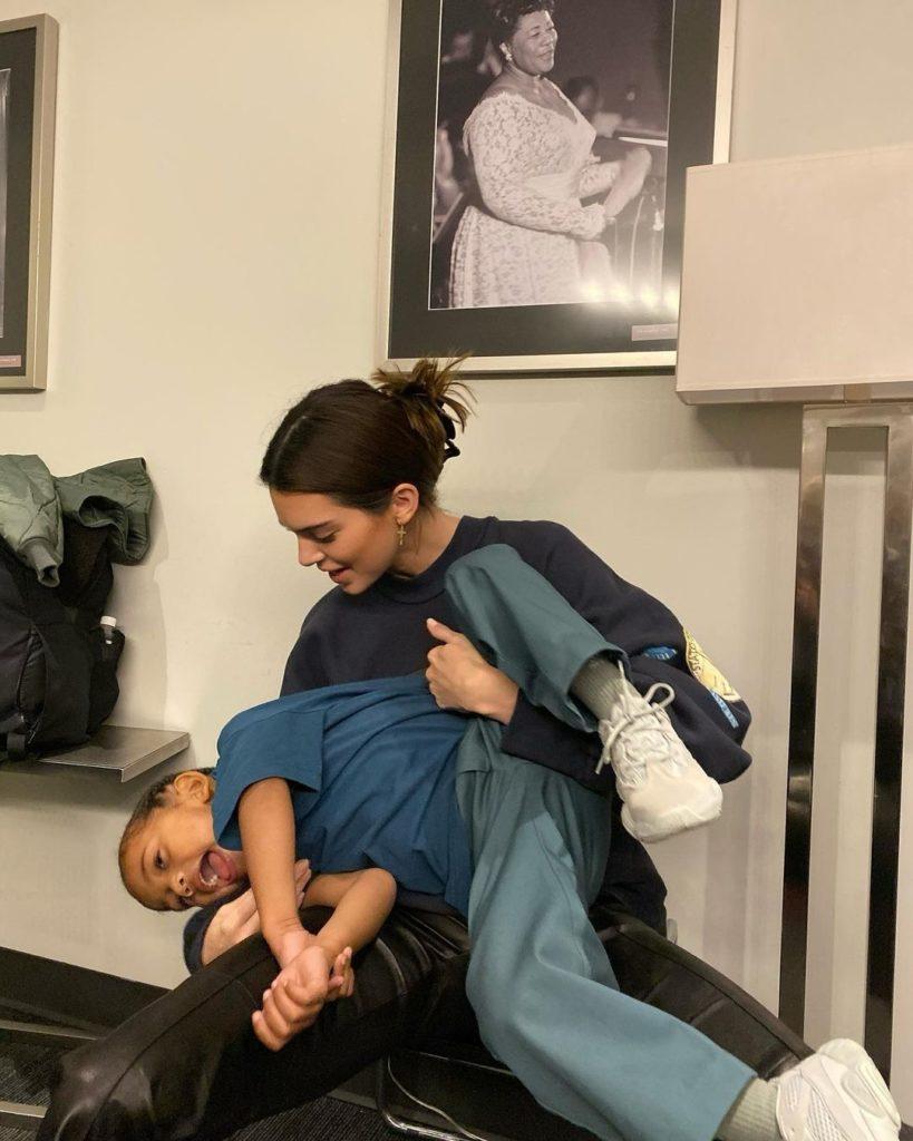 Кендалл Дженнер готовится к материнству