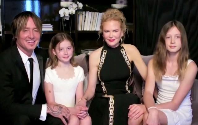 Николь Кидман показала дочерей
