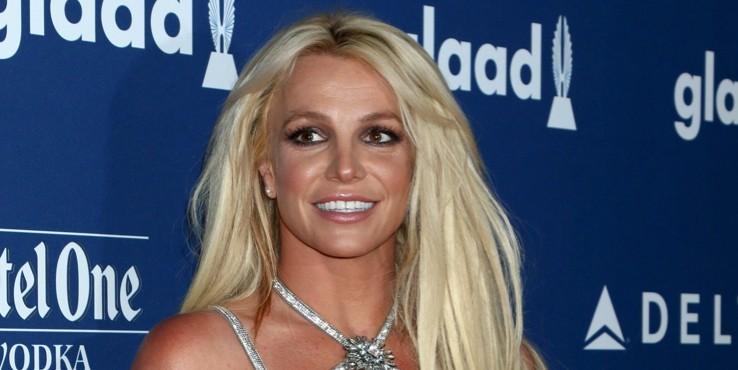 Звездные подруги Бритни Спирс: с кем певица близка?