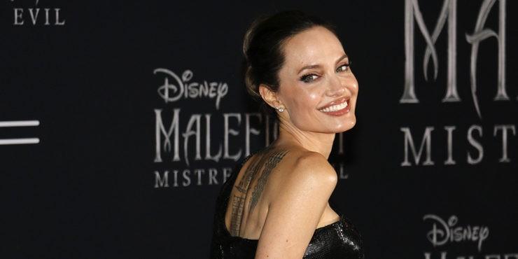 Неужели Анджелина Джоли стала жертвой домашнего насилия?