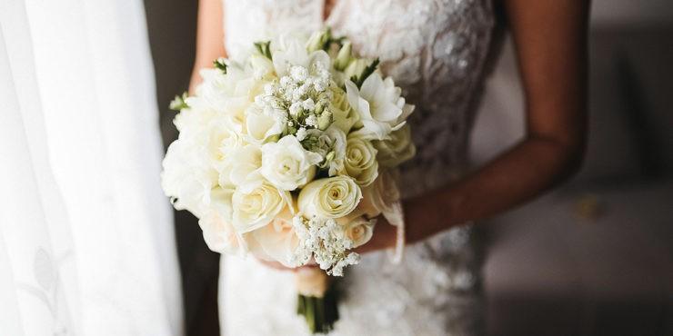 Невеста в брюках: самые стильные свадебные комбинезоны