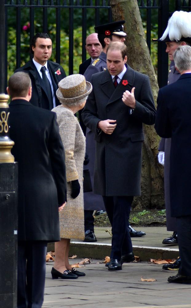 Как принц Уильям публично защитил свою семью?