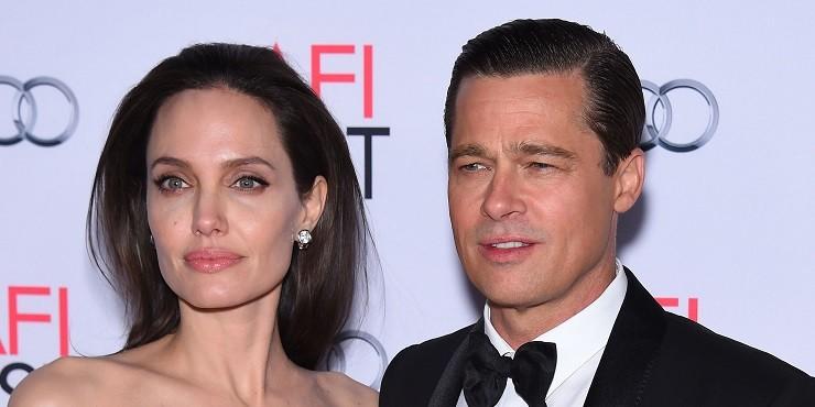 Анджелина Джоли продала самый дорогой подарок от Брэда Питта