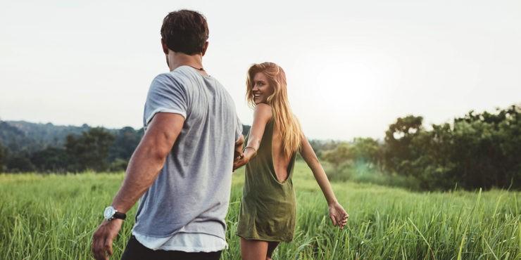 Что надеть на первое свидание летом: 5 образов на все случаи жизни