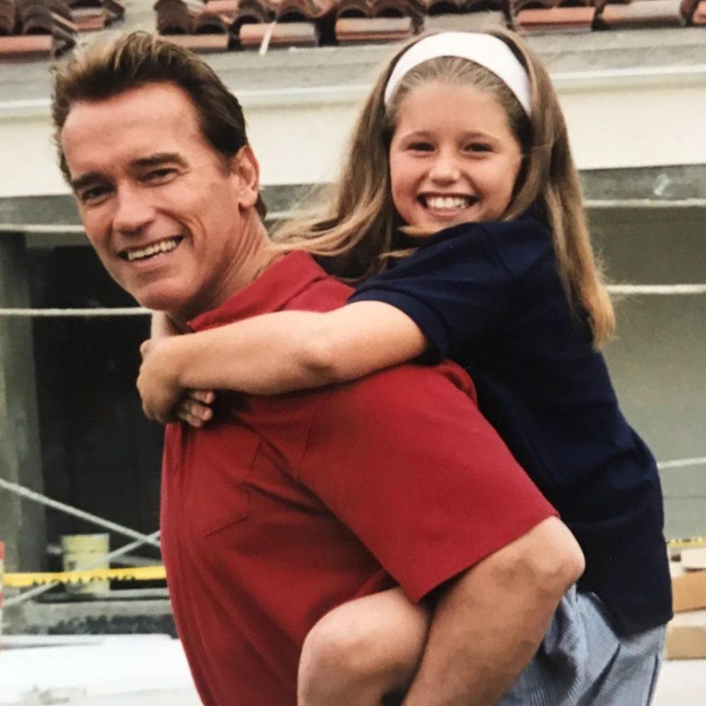 Почему Кэтрин Шварценеггер и Крис Прэтт не хотят показывать лицо дочери?