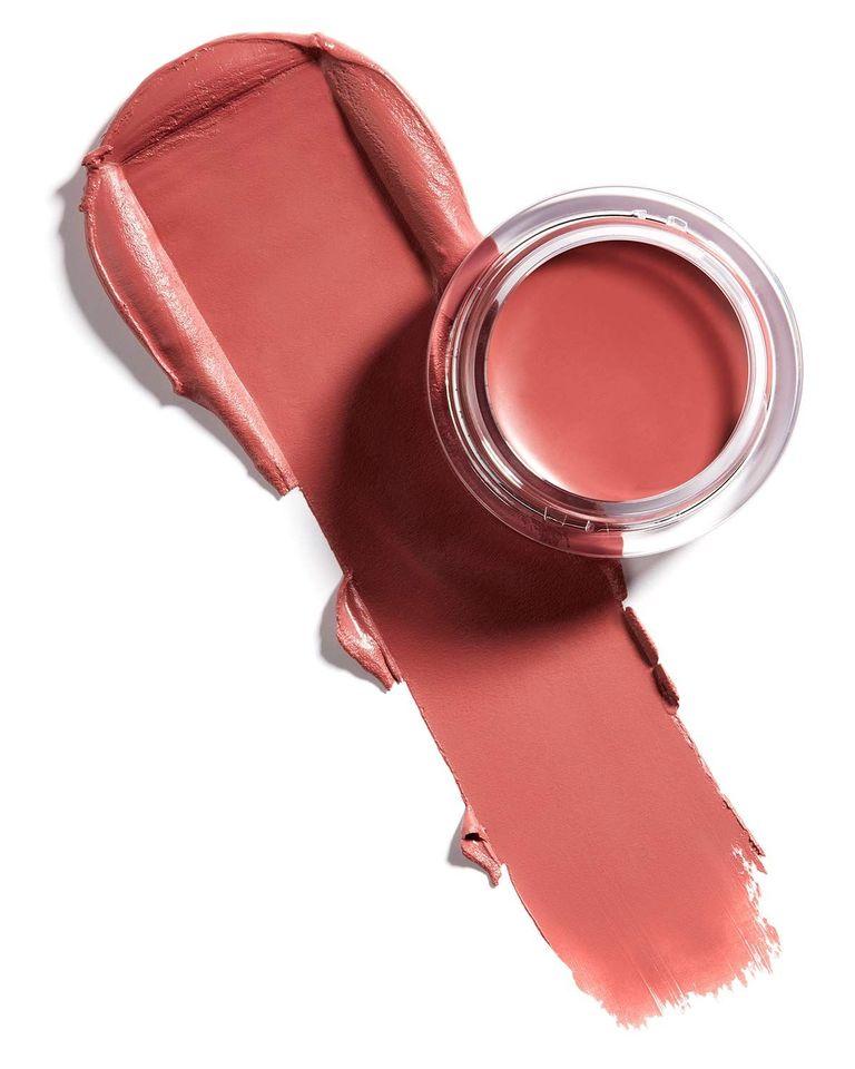 Здоровый вид: Лучшие жидкие румяна, которые освежат цвет лица