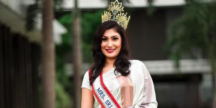 Конкурс «Миссис Шри-Ланка» завершился дракой за корону