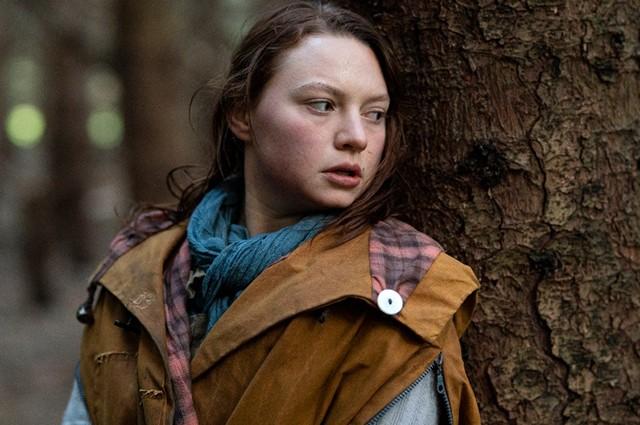 Почему 20-летняя дочь Кейт Уинслет скрывает родство с актрисой?