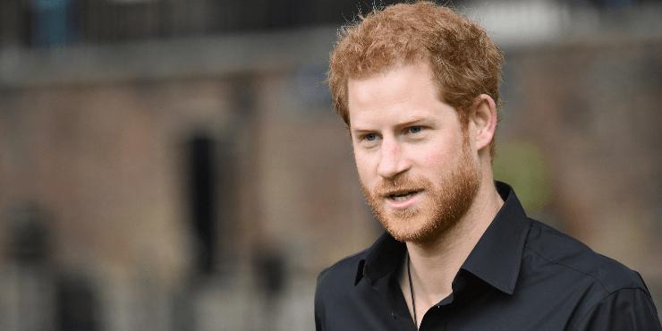 Эстафету принял: почему теперь принц Гарри обвиняется в нечестности?