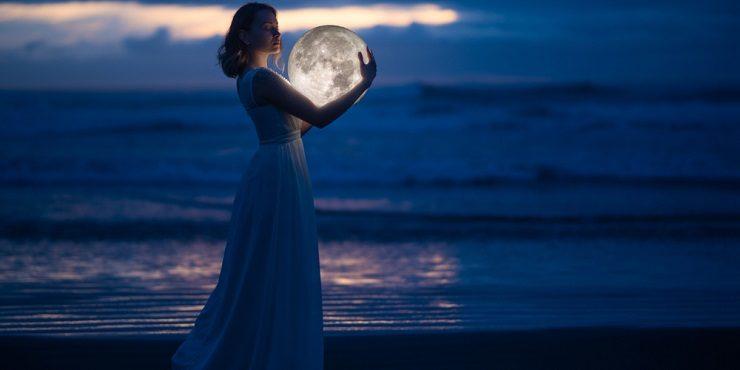 Полнолуние 27 апреля: прогноз на сегодня для всех знаков зодиака