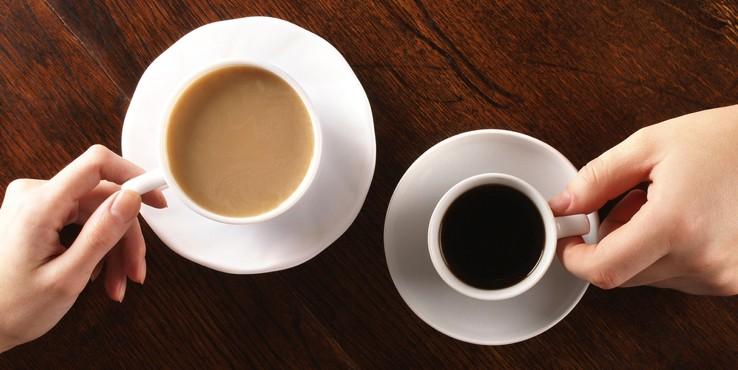 Извечная борьба: что полезней — чай или кофе?