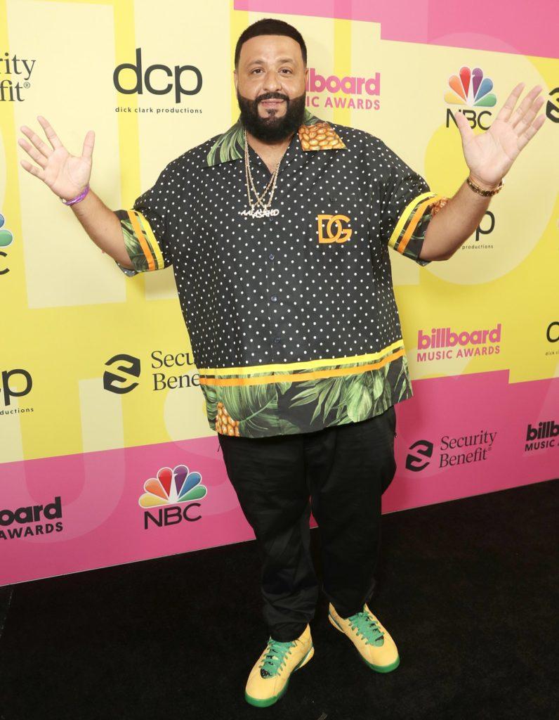 Billboard Music Awards 2021: Самые яркие образы с ковровой дорожки
