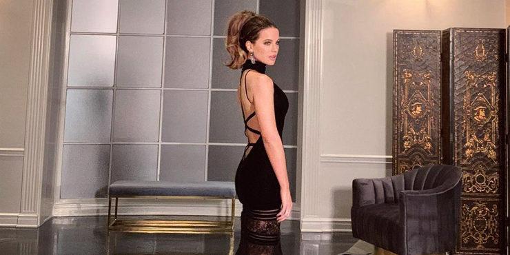 47-летняя Кейт Бекинсейл показала сексуальную фигуру в белье