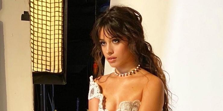 Как выглядит Камила Кабелло в роли Золушки?
