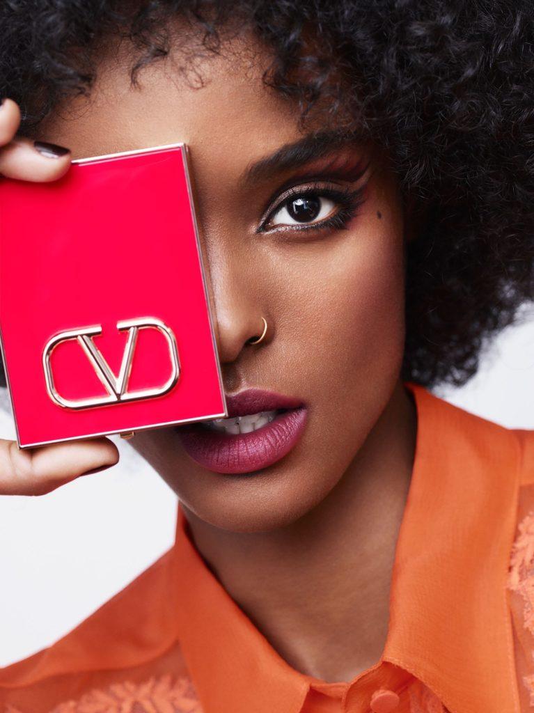 Неописуемая красота: Первый взгляд на beauty-линейку Valentino