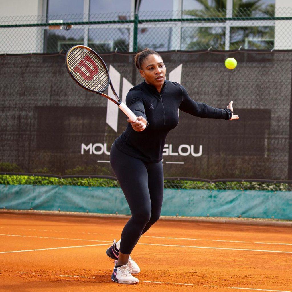 Теннисистка Елена Рыбакина, представляющая Казахстан, обыграла Серену Уильямс