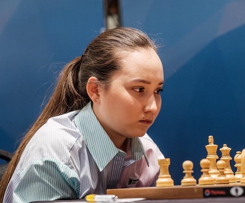 Казахстанская шахматистка