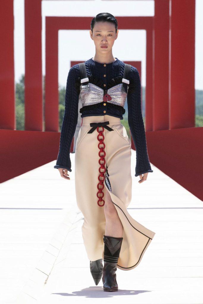 Идеальные образы на лето в круизной коллекции Louis Vuitton