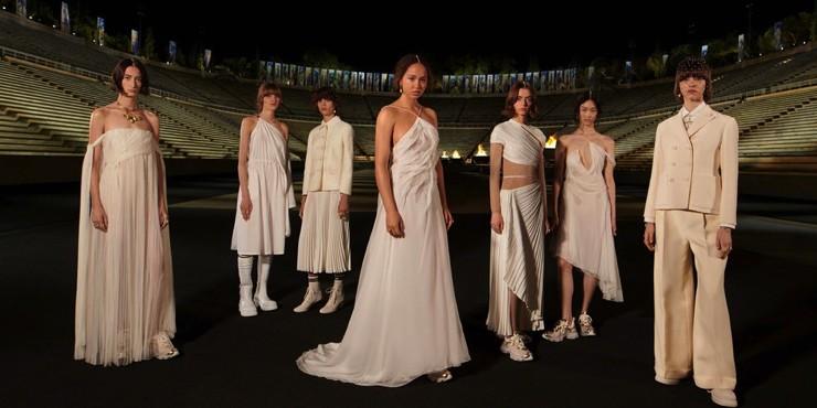 Как прошел круизный показ Dior на олимпийском стадионе в Афинах?