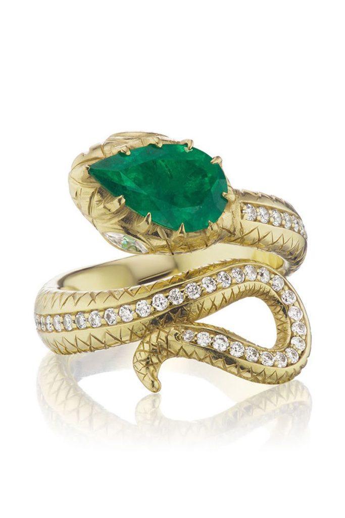 Помолвочные кольца с изумрудом