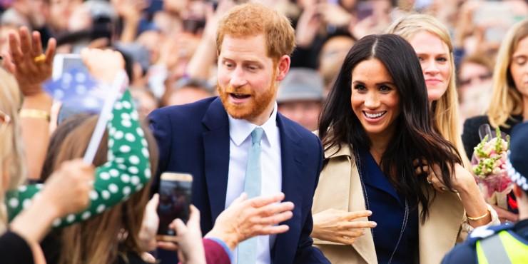 Перемирие не за горами: Елизавета II простила Меган Маркл и принца Гарри?