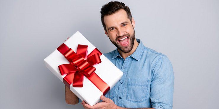 Идеальные подарки для мужчин: 10 беспроигрышных вариантов