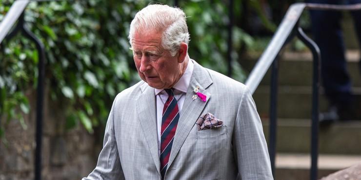 Несносный дед: Принц Чарльз лишит своего внука королевского титула