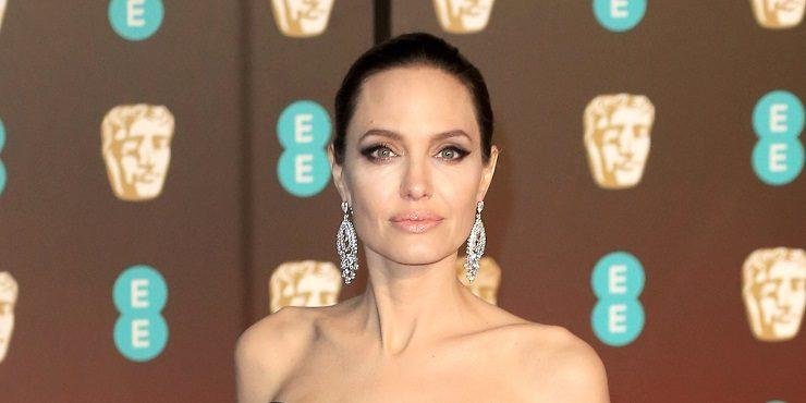 Дочь Анджелины Джоли перенесла серьезную операцию