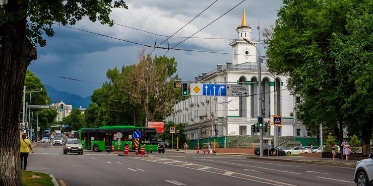 Когда ждать ослабление карантина в Алматы?