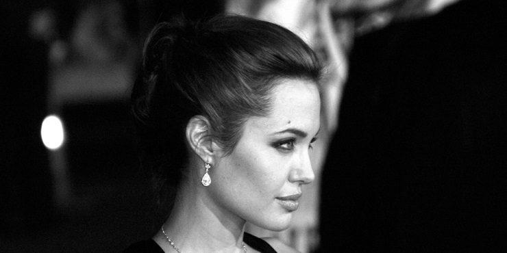 Анджелина Джоли планирует судебный реванш против Брэда Питта