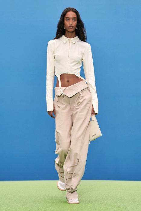 Белла Хадид и Кендалл Дженнер на модном показе Jacquemus