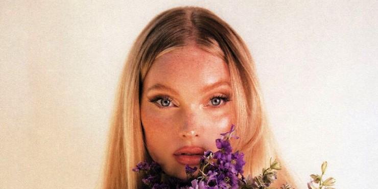 Эльза Хоск разработала линейку косметики вместе с La Bouche Rouge