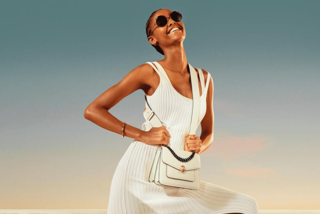 Поцелованные солнцем: Bvlgari презентовали летний рекламный кампейн