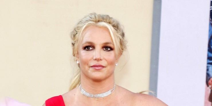 «Я ухожу»: Бритни Спирс жестко поставила на место членов своей семьи и заявила об уходе со сцены
