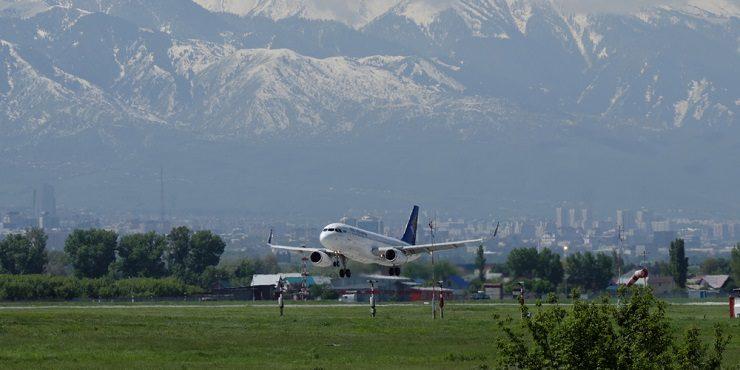 Рейс Алматы-Алаколь: сколько стоит билет и прочие условия перелета