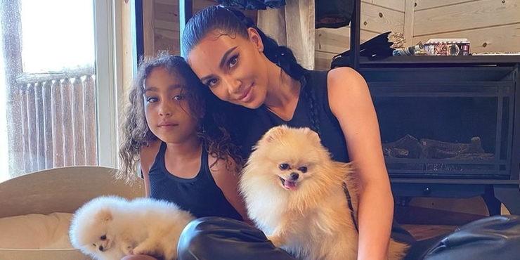 Ким Кардашьян разрешила набить тату на лице 8-летней дочери?